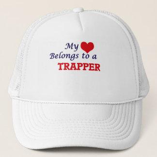 Mein Herz gehört einem Trapper Truckerkappe