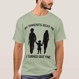 Meine Eltern schlugen mich und ich fiel fein aus T-Shirt
