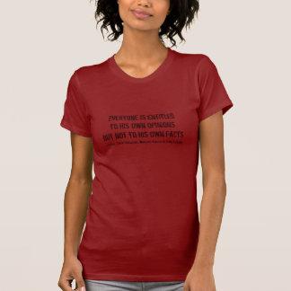 Meinungen und Tatsachen - Moynihan gesichtsloses T-Shirt