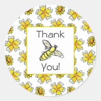 Merci de fleur d'aquarelle de renoncules d'abeille sticker rond