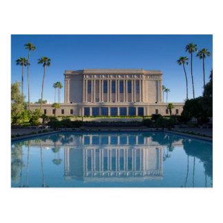 MESA-Tempel, der in einem blauen Pool sich Postkarte