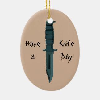 Messer haben einen Messer-Tag Ovales Keramik Ornament