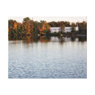 Michigan-Fall-Sonnenuntergang in dem See Gespannter Galerie Druck