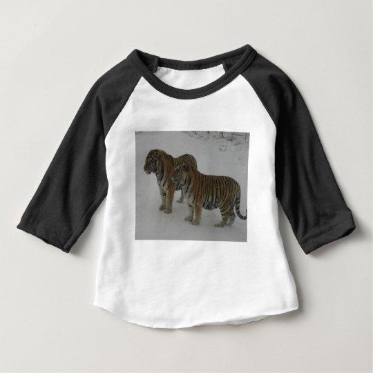 Mieten zwei sibirische Tiger Baby T-shirt