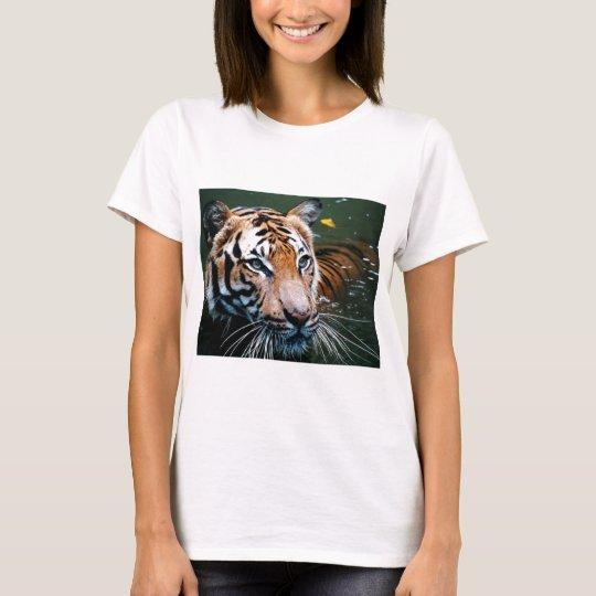 Miettiger im Wasser T-Shirt