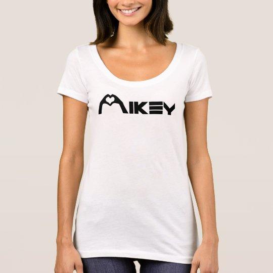 Mikey Shanley weiße grundlegende Mädchen T T-Shirt