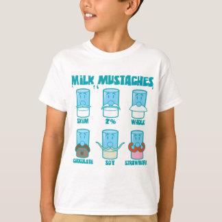 Milch-Schnurrbärte T-Shirt