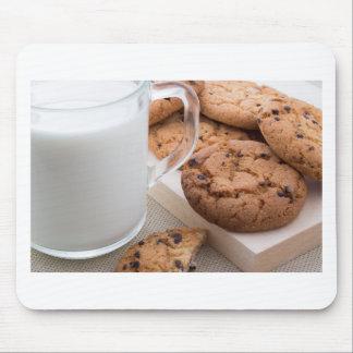 Milch- und Hafermehlplätzchen mit Schokolade Mauspad