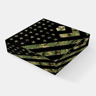 Militärische digitale Camouflage US-Flagge Briefbeschwerer