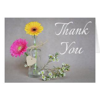 Mit Blumen danke rosa, gelbe Karte