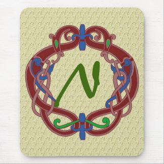 Mit Monogramm Initialen-keltischer Entwurf Mousepad
