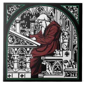 Mittelalterlicher Schreibtisch und Mönch Fliese