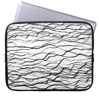Moderne grafische Schwarzweiss-Linie Kunst-Neopren Laptopschutzhülle