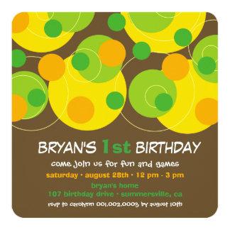 Moderne grüne Blase punktiert Jungen-1. Geburtstag Quadratische 13,3 Cm Einladungskarte
