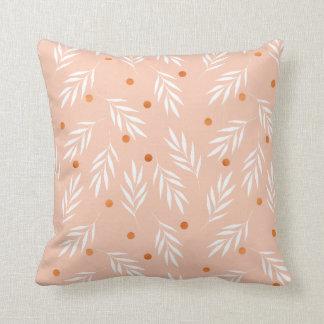 Modernes Aprikosen-Rosa-BlumenBlätter-Muster Kissen