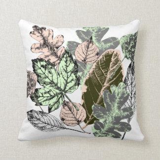 Modernes botanisches, rosa u. grünes Blätter auf Kissen