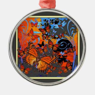 Monarchfalter-stürmisches Wetter-Kunst Rundes Silberfarbenes Ornament