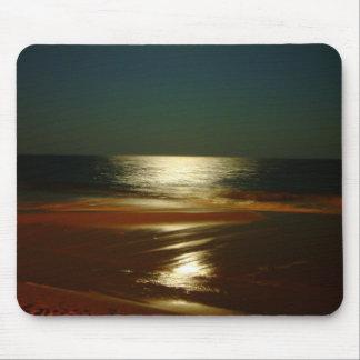 Mondschein auf dem Ozean Mauspad