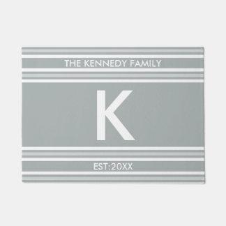 Monogramm-Anfangsfamilienname-graues Weiß-Streifen Türmatte