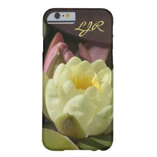 Monogramm-gelber Wasserlilie-Telefon-Kasten Barely There iPhone 6 Hülle