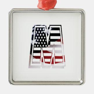Monogramm-Initiale des Buchstabe-M patriotische Silbernes Ornament