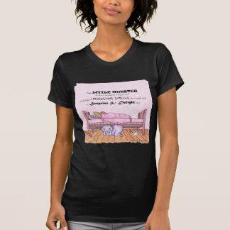 Monstre de lit d'Emilys T-shirt