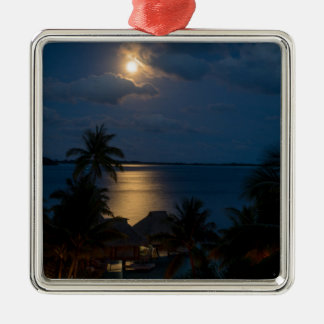 Moon on bora bora quadratisches silberfarbenes ornament