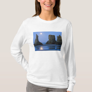 Moonset, Bandon Strand, Oregon T-Shirt