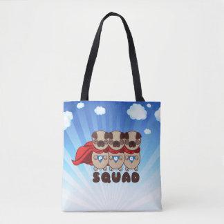 Mops-Gruppe mit Hintergrund Tasche