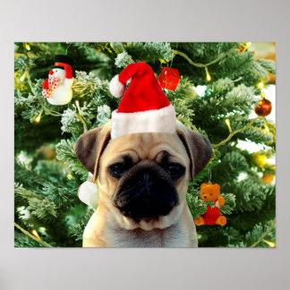 Mops-Welpen-Hundeweihnachtsbaum verziert Snowman Poster