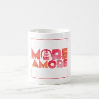 MoreAmore zerteilt Tasse
