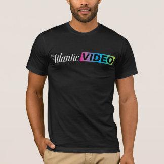 Morgens. Kleideratlantisches VideoShirt im T-Shirt