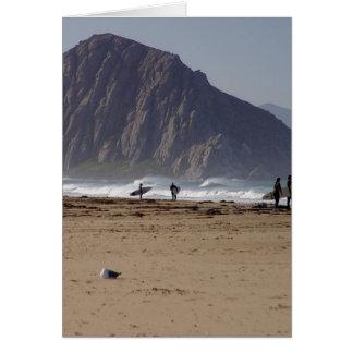Morro Felsen setzt Surfer auf den Strand Karte