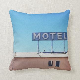 Motel weg des Sepulveda Wurfs-Kissens Kissen