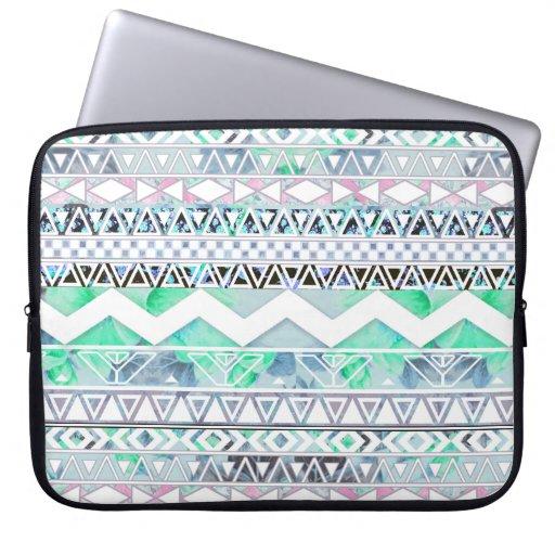 Motif aztèque d'abrégé sur floral Girly turquoise  Trousses Pour Ordinateur Portable