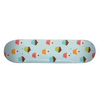 Motif girly mignon de fin gourmet de petits gâteau skateboard 19,7 cm