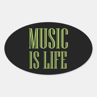 """""""Musik ist Leben-"""" Schwarzes und Grün Ovaler Aufkleber"""