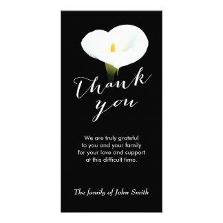 Nach Begräbnis- weiße Lilien-Blumen-Denkmal danke Individuelle Photo Karten