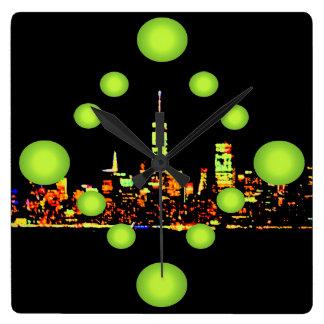 Nachtstadt New York der Pop-Kunst-NYC Quadratische Wanduhr