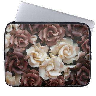 Nah oben von der Schokoladen-Laptop-Hülse Laptop Sleeve