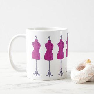 Nähendes Schneider-Mode-Kostüm-Designer-Mannequin Kaffeetasse