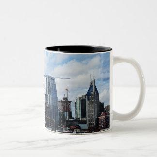 Nashvilleskyline-Tasse Zweifarbige Tasse