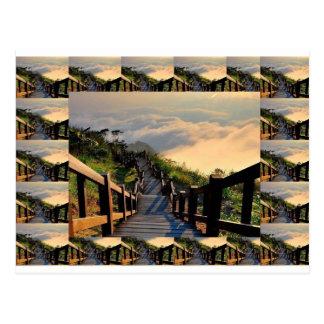 Natur und Schritte zum zu gehen: Genießen Sie das Postkarte