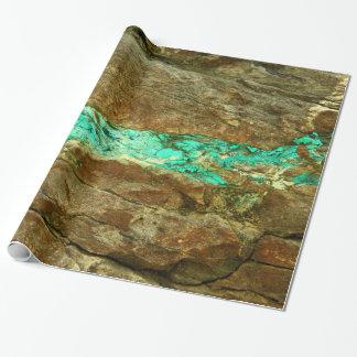 Natürliche Türkisader im rauen braunen Stein Geschenkpapier