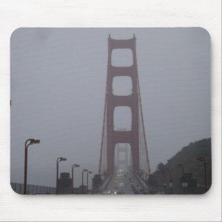 Nebelige Golden gate bridge-Mausunterlage Mousepad