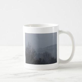 Nebelige Mountian Strecken Kaffeetasse