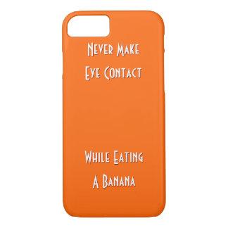 Nehmen Sie nie Blickkontakt während. auf. Lustiger iPhone 7 Hülle