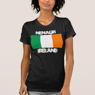 Nenagh, Irland mit irischer Flagge T-Shirt