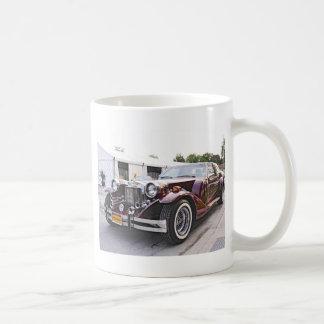 Neoklassischer Zimmer trägt Coupé zur Schau Kaffee Tassen