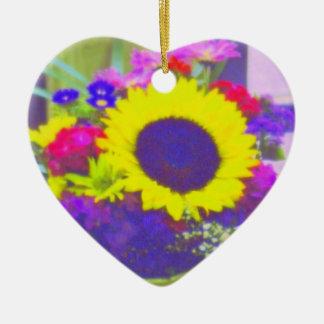 Neonblumenstrauß-Herz-Förmige Verzierung Keramik Herz-Ornament